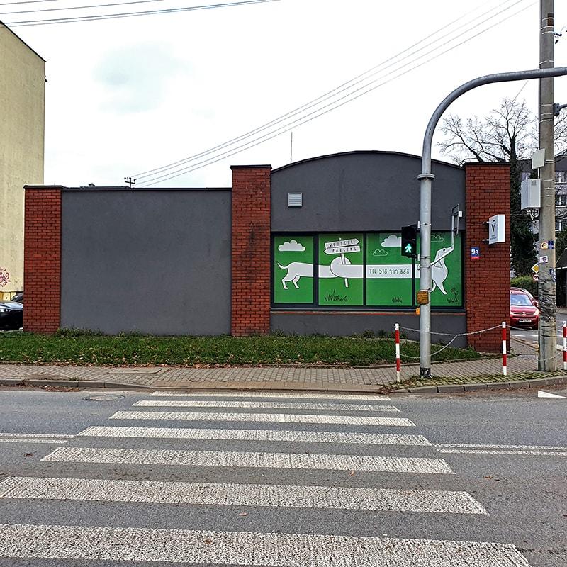 lecznica weterynaryjna Jamnik - widok od ulicy Siennickiej w Mińsku Mazowieckim
